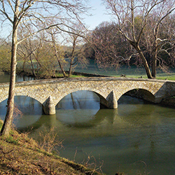 Antietam Burnside Bridge_thumb.jpg